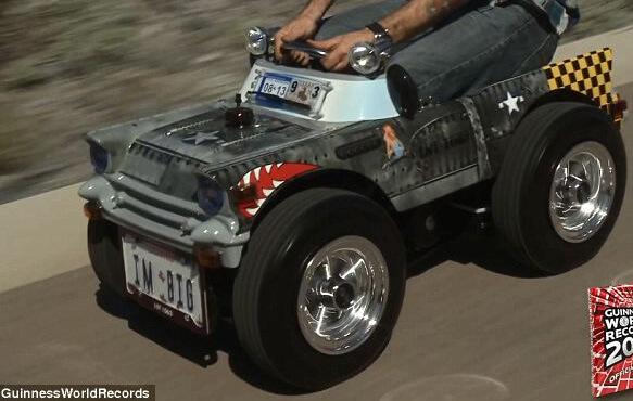 Самая маленькая самодельная машина в мире.