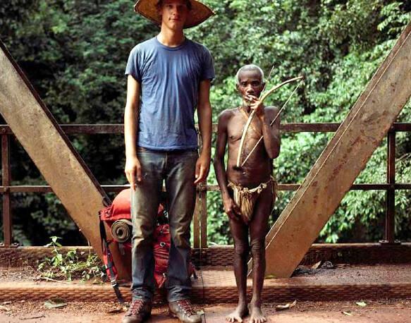 Самые маленькие (низкорослые) люди в мире - Пигмеи. foto : http://www.georgesteinmetz.com