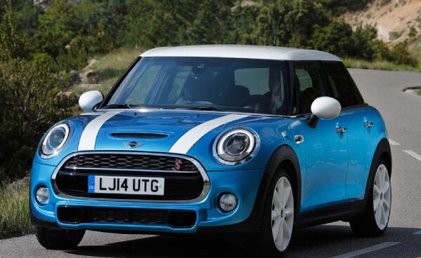 Топ-10 самых маленьких автомобилей 2015 года. Mini Cooper 2015