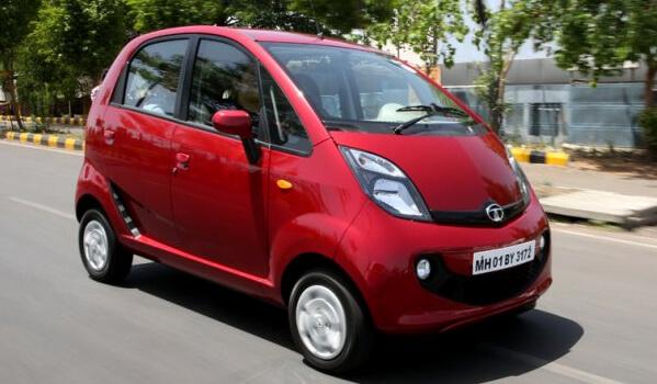 Топ-10 самых маленьких автомобилей 2015 года. Tata Nano GenX 2015
