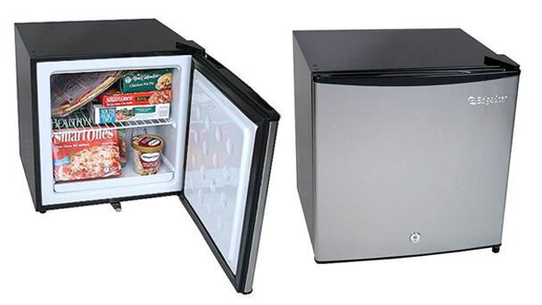 Самые маленькие холодильники в мире. ТОП-10. EdgeStar CRF150SS-1
