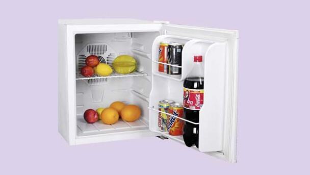Самые маленькие холодильники в мире. ТОП-10. CANDOR CR-38A