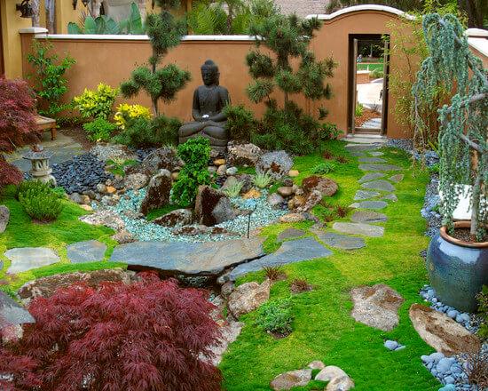 Маленький сад в азиатском стиле