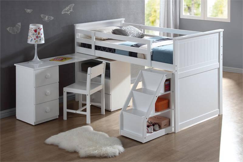 Маленькая детская комната. Идеи дизайна. Кровать на втором этаже.