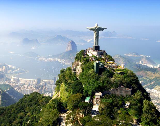 Статуя Христа Искупителя в Рио. 7 современных чудес света.
