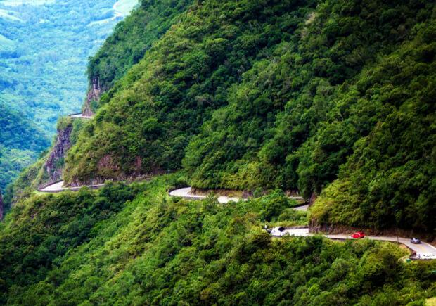 Горная дорога в Бразилии. Самые большие по территории страны мира. Топ -10.