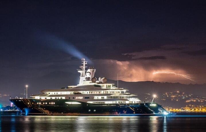 Al Mirqab. 10 самых дорогих яхт в мире.