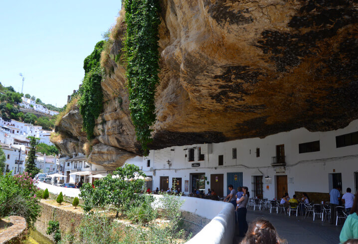 Setenil de las Bodegas, Spain. Сетениль-де-лас-Бодегас, Испания