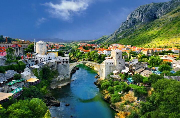 Mostar, Bosnia and Herzegovina. Мостар, Босния и Герцеговина