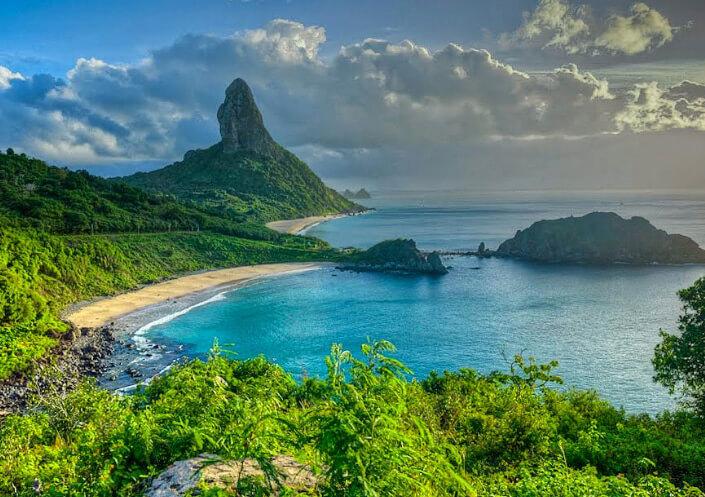 Пляж Baia do Sancho в Бразилии. Лучшие пляжи мира.