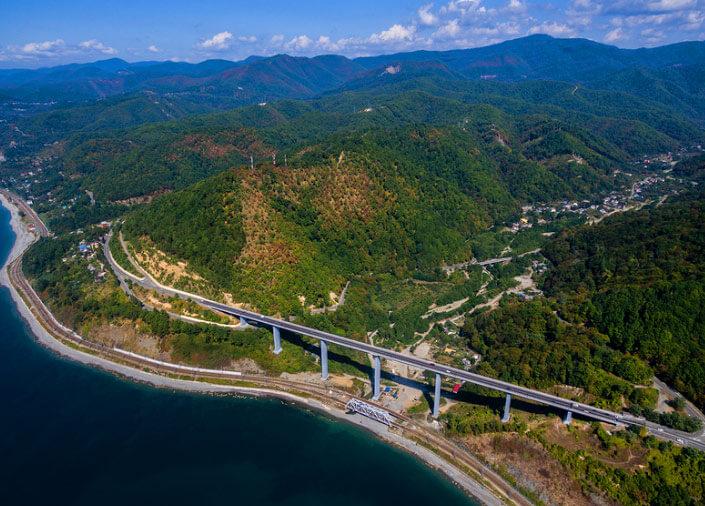Самый высокий в России -  мост в Сочи