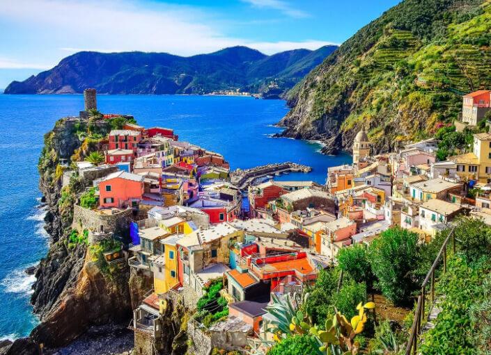 Италия, Vernazza landscape, Doria-Castle Cinque, Terre, самые красивые страны мира