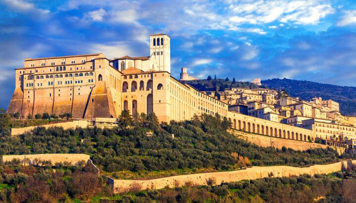 Assisi / Ассизи, самые красивые города Италии