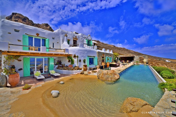 вилла в Греции. Luxurious Villa with Views of the Aegean Sea on the Island of Mykonos, Greece